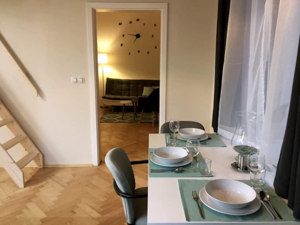 Marienbad Apartment Yard View kitchen table